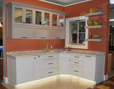 kitchen-vignette-top-hinged-upper-cabinets-400.jpg