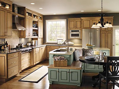 Schrock Island with contrasting cabinetry