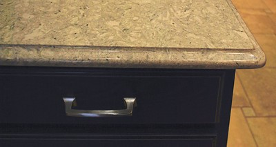 This drawer pull has crisp features that look great. But delicate hands might find this pull uncomfortable to use.