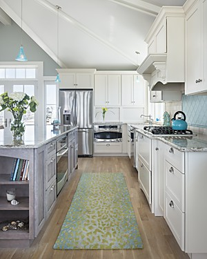 zompa_narragansett_ri_kitchen_island-cooking-work-space