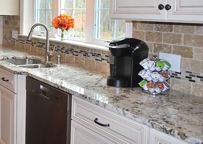 keurig-coffee-machine-kcups-mt-dog-wrentham-kitchen-400