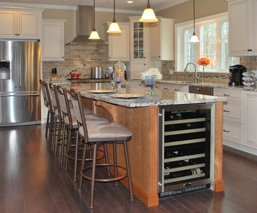kitchen-views-thibeault-mountain-dog-building-wrentham-kitchen-island-600-002